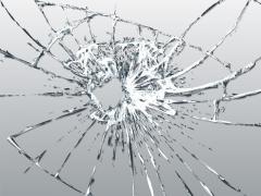 フロントガラスの修理にかかる費用は?日頃の注意点・応急処置