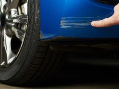 カーリースした車に傷を付けたらどうなる?修理方法と費用は?