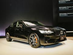 【ボルボ 新型S60】ライバルは国産セダン! 最高クラスの安全性とデザインで勝負
