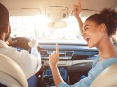 【ブルートゥース接続】車で音楽を流す方法や注意点とは?