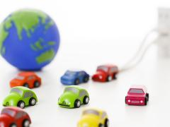 車でコンセントを使うにはインバータが必要?インバータを使うときの注意点や費用について解説