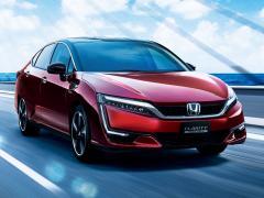ホンダ、燃料電池自動車「クラリティ フューエル セル」を一部改良
