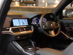 BMW3シリーズ 第7世代の「iDrive」AI搭載で進化したナビや、コネクティビィティ
