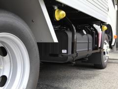 トラックの燃費は走行距離に比例する!大きさ別の平均燃費と燃費アップの方法を解説