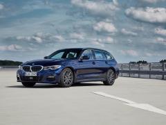 BMW 新型3シリーズ ツーリング(ワゴン)の概要〜旧型、セダンとの違いも併せて解説