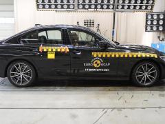 BMW 3シリーズの安全性能の実力とは?事故回避をはじめ高齢者にも安心な安全装備を紹介