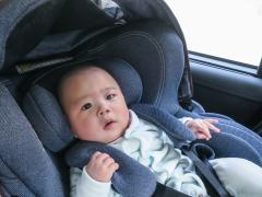 チャイルドシートの安全基準とは?未認証チャイルドシートに要注意!