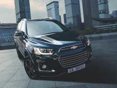 GM、黒で統一した限定車「キャプティバ パーフェクト ブラック エディションII」発表