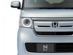 5月の新車販売台数は、トヨタ「プリウス」が首位を奪還