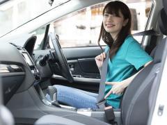 【運転席・後部座席】正しいシートベルトの付け方と非装着の危険性