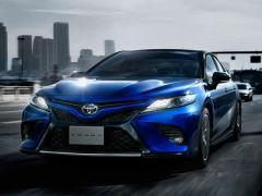 トヨタ カムリの狙い目グレードや特徴と価格相場を紹介
