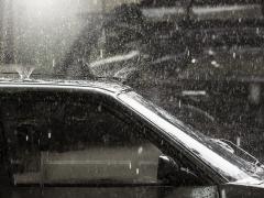 車の雨汚れ対策はどうしたらいい?染み汚れの除去方法とコーティング方法を解説!