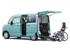 スズキ、「スペーシア 車いす移動車」を一部改良