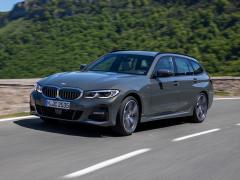 BMW、3シリーズ ツーリングにエントリーモデル「318i ツーリング」を追加