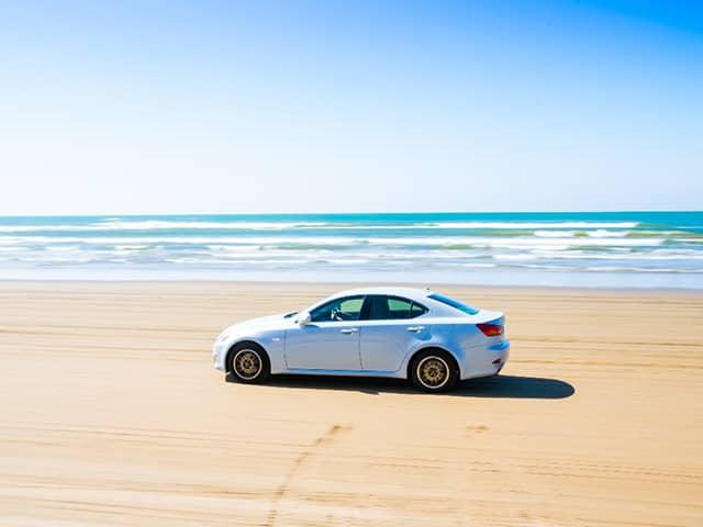 海水や潮風で車はサビる?