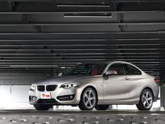 【BMW 2シリーズクーペ】新車時価格から半額!? 今注目の本格派スポーツクーペ