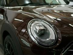 車のコーティングにはどんな種類がある?特徴や効果、施工業者の選び方もご紹介!