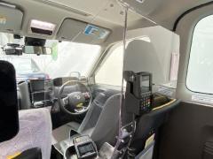 タクシー車内の飛沫防止「ミラクルガードL」販売受付開始 取付けたままで車検もOK