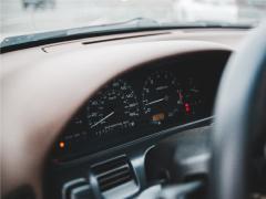 【初めてのクルマ探し】車の走行距離からみる中古車購入時のポイントや注意点とは