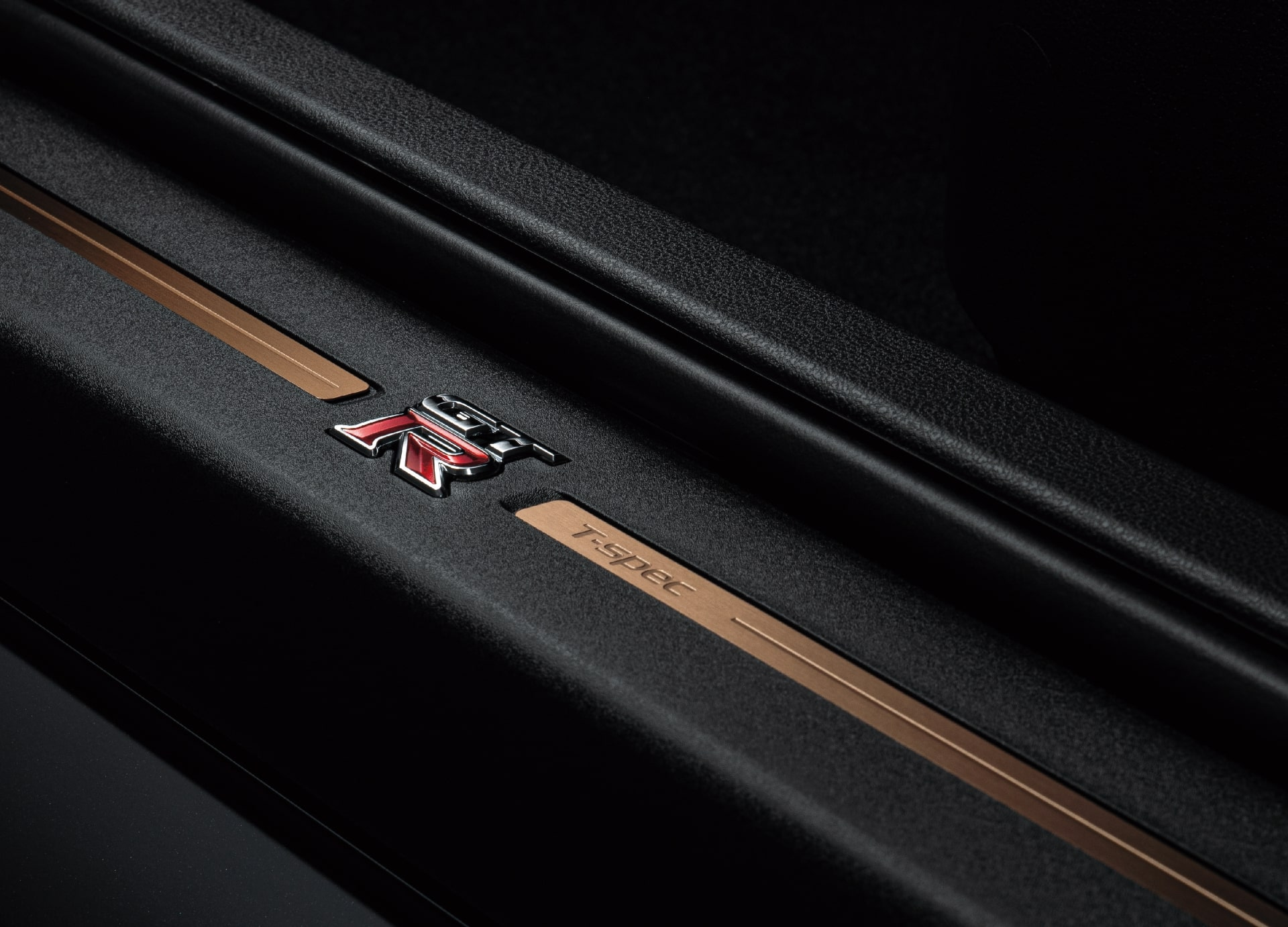 GT-R Track edition engineered by NISMO T-spec 特別装備 キッキングプレート