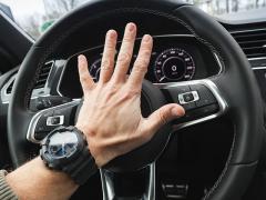 ホーン(クラクション)を社外品に交換しても車検に通るのか。ホーンの車検基準とは