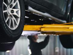 車検の重量税は「車両総重量」と「車両重量」のどちらにかかる?