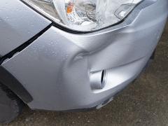 ボディのへこみや割れは車検に影響するのか