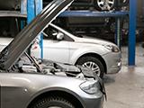 メーカー系のディーラー車検では、違うメーカーの車でも対応してくれる?