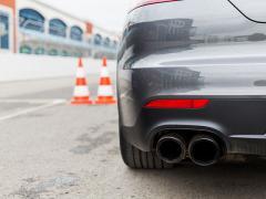 排気量によって車検の費用は変わるのか