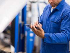 ディーラーと車検専門店、それぞれの特徴とメリット・デメリット