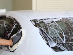 車検を受けると洗車も一緒にしてくれるのか