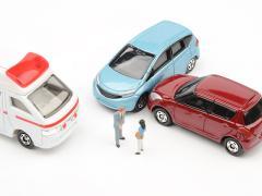 車検切れで事故を起こした場合、任意保険は使えるのか