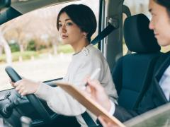 AT免許からMT車を運転可能にする限定解除の方法と手続き