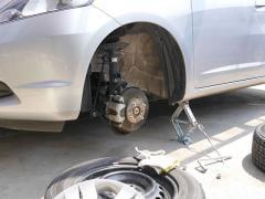 車検時にスペアタイヤは必要か?