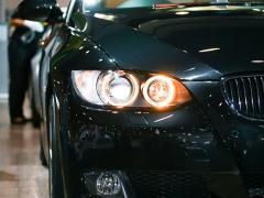 ヘッドライトにイカリングをつけていても車検は通るのか