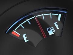 車の代車返却時はガソリンを満タンにするべきか