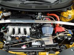 車のエアフィルター(エアクリーナー)は社外品に交換しても問題ないか