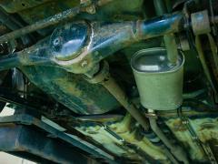 デフ(ディファレンシャルギア)から油漏れした際の原因と修理方法