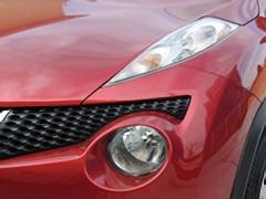車のフォグランプがつかなくなった時の対処法と交換・取付方法について