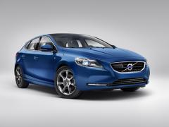 【ボルボ】V40に内外装に特別装備を採用した300台限定車設定2015