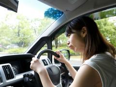車のラジオのノイズや雑音を除去して感度を上げるには?