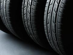 車のタイヤ交換時にバランス調整は必要か