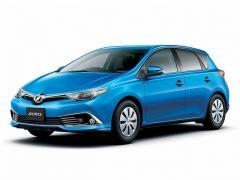 トヨタ、「オーリス」をマイナーチェンジ 燃費性能に優れた新エンジン搭載