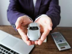 家族・別居家族間で自動車保険の等級引継ぎは可能?