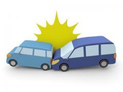 駐車場などで車で当て逃げされた場合の対応は?警察に通報する前の対処法
