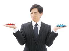 中古車を乗りつぶすのと新車に買い替えるのとどっちが得?