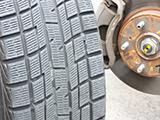 スタッドレスタイヤの耐久性は高いのか