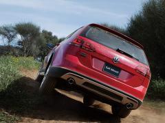 VW、「ゴルフシリーズ」のクロスオーバーモデル「オールトラック」を発売