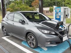 EV車バッテリーの寿命の目安はどのくらい?