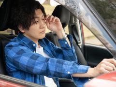 居眠り運転の原因と防止するための対策とは